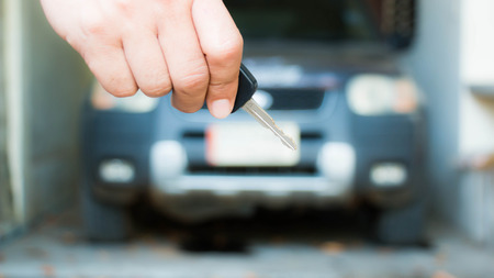 Key car on hand 스톡 콘텐츠