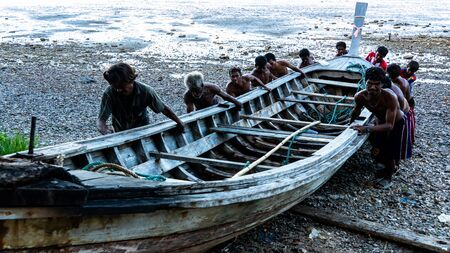 Moken sailing boat from the sea at Ko Lao Island Ranong Province Thailand Redactioneel