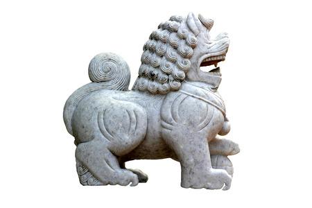 talisman: fondo blanco figurilla de talism�n chino