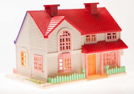 puppenhaus: Dollhouse der N�he auf einem hellen Hintergrund