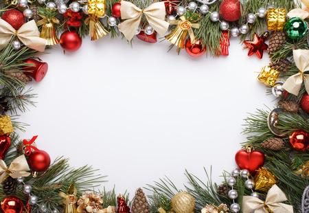 mo�os navide�os: Marco de la Navidad con adornos de Navidad y decoraciones Foto de archivo