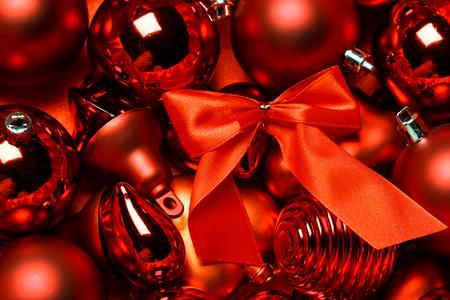Červené vintage vánoční ozdoba pozadí