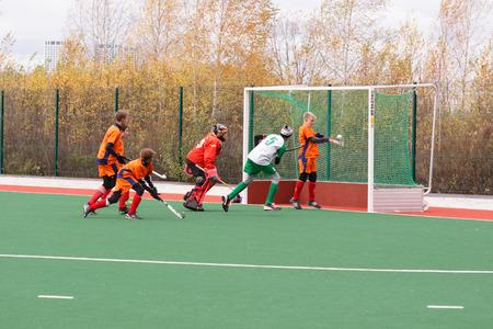 hockey sobre cesped: Campeonato de la juventud rusa 2015 de hockey sobre c�sped. 5 de octubre de 2015. Equipo de Ekaterinburg contra las personas de la regi�n de Rostov