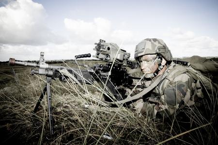 フランス外人部隊 - 年頃のトレーニング センター、フランス外人部隊の 2011.Legionnaire は、アフガニスタンでの戦闘任務中に当番です。 報道画像
