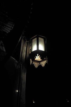 hanging lamp: Hanging lamp with Thai design