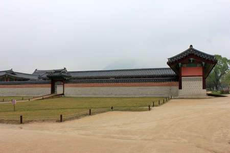 korean style house: Korean wall in the palace