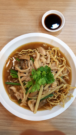 Crispy Noodles with chicken in Thick Gravy Stock Photo