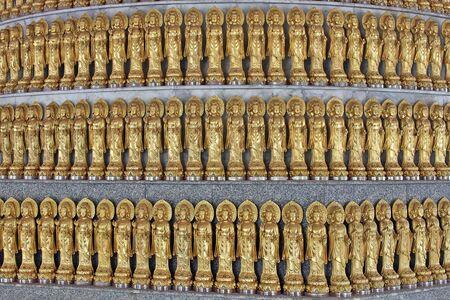 lengnoeiyi: Lengnoeiyi, Chinese temple in thailand Stock Photo