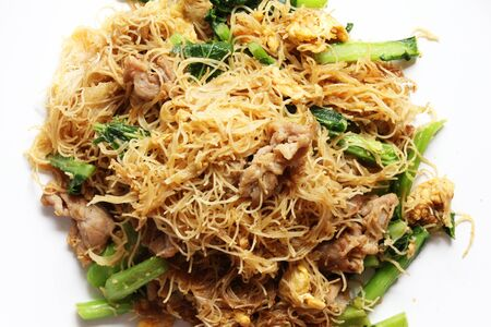 stir fried thin noodles with soy sauce