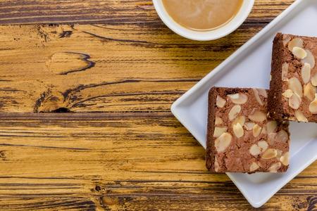 TORTA: Pastel para el fondo de caf�. Torta de Brownie para el caf�. Pastel de chocolate para el fondo del caf�