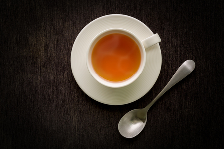 taza: Taza de t� en el fondo Negro