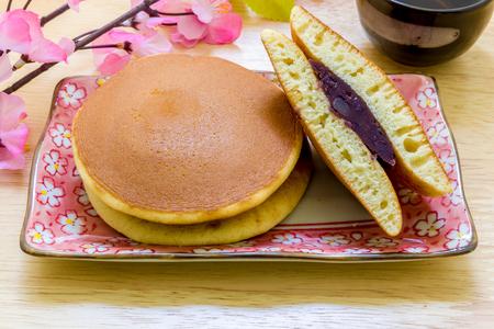 japanese dessert: Dorayaki Japanese Dessert