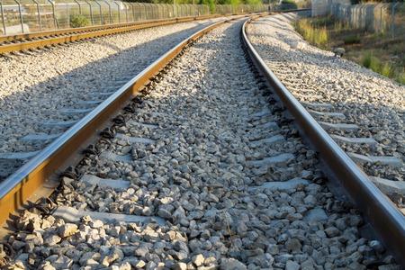 playmates: Ancla Rail, articulaciones tren, ferrocarril, aplastado piedra. Foto de archivo