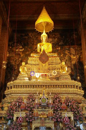 The Principal Buddha image in main church of Wat Pho, Bangkok, Thailand. Stock Photo - 4236811