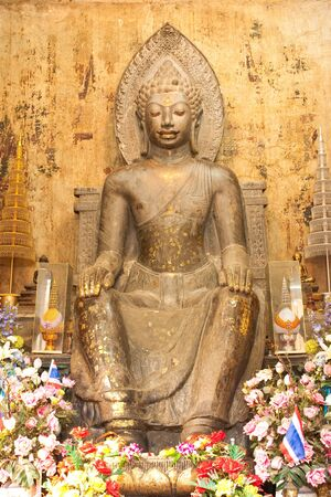 buddha image: Stone imagen de Buda. Foto de archivo