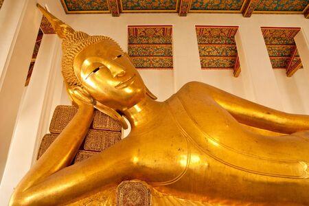 thialand: Reclining Buddha image, Wat Ratcha-orot, Bangkok, Thialand