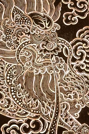 oyster shell: Dragon picture on Buddhist church door, pieced from pieces oyster shell.