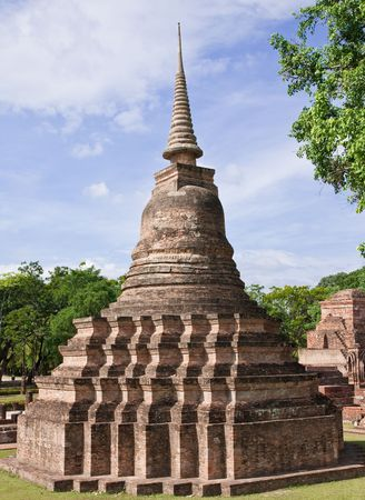 dilapidation: Sukhothai historical park, the past capital of Thailand