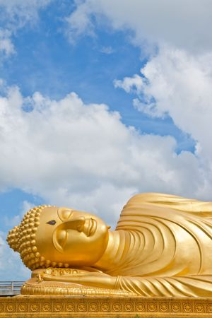 Reclining Buddha image photo
