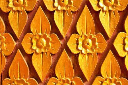tallado en madera: Arte de talla de estilo tailand�s nativo