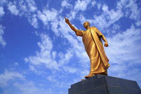 Kwame Nkrumah Memorial Park Kwame Nkrumah Memorial Park KNMP는 Accra의 국립 공원으로, Osagyefo의 이름을 딴 가나 Kwame Nkrumah 박사는 가나의 창시자입니다. 에디토리얼