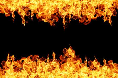 llamas de fuego: Llamas de fuego sobre fondo negro Foto de archivo