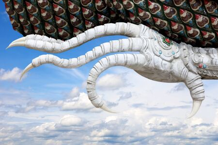 rapacious: Abstract Claws of Dragon