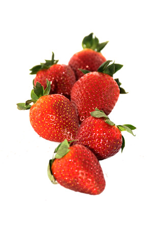 endorphine: Fresh strawberries in isolated background