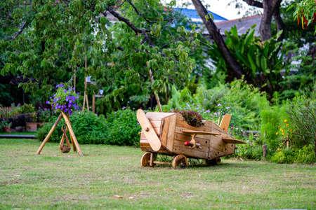 Wood plane decoration in the garden. 版權商用圖片