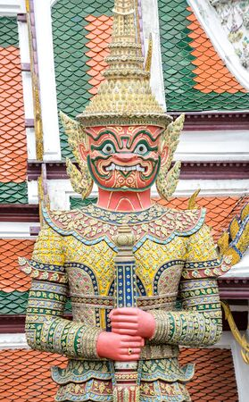 colorful giant statue in Thai temple