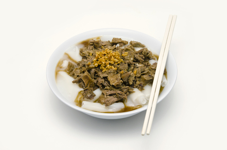 chinese menu: White Chinese roll noodle soup with pot-stewed duck