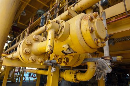 hydraulic hoses: Pipe work in oil and gas offshore industry