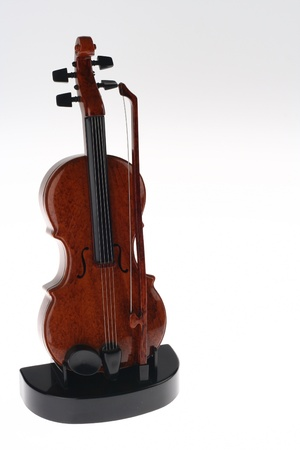 rechtop: Violin Ornament Upright on Stand Stockfoto