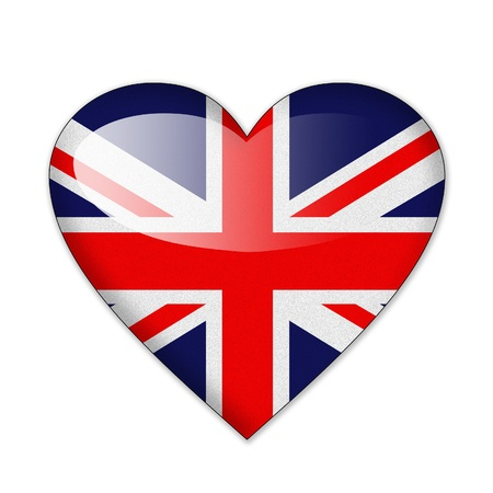 bandiera inglese: Bandiera del Regno Unito in forma di cuore isolato su sfondo bianco