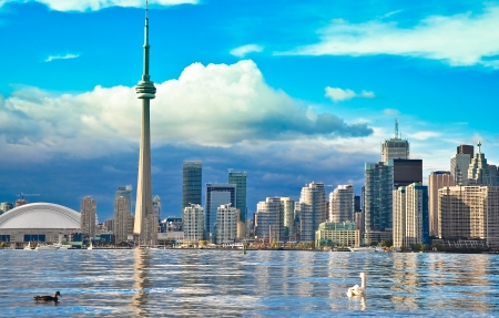 building cn tower: Toronto Skyline Editorial