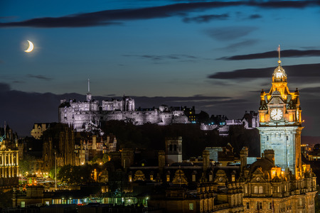 lothian: edinburgh city at night