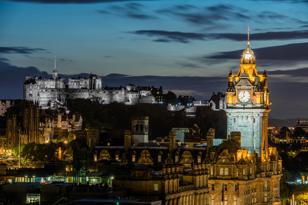 lothian: Edinburgh castle and Cityscape at night, Scotland UK edinburgh