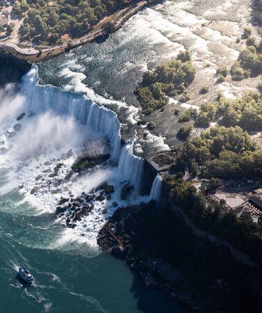 Aerial view of Niagara waterfall. 스톡 콘텐츠 - 132110365