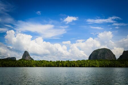Vista de la bah�a de Phang Nga photo