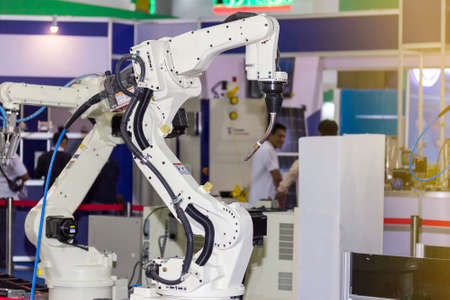 high technology and precision industrial mic welding robot arm for manufacturing process Banque d'images
