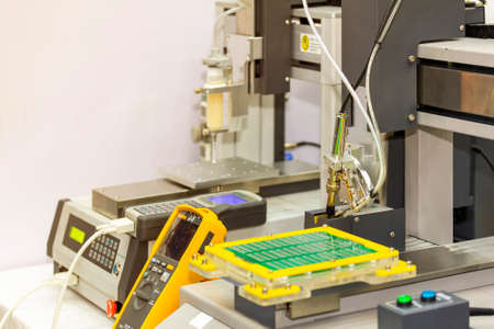 cleaning process soldering iron tips of robotic system for automatic point soldering for printed and assembly electric circuit board ( PCB )