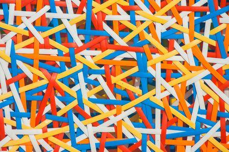 Sluit omhoog abstract beeld of textuur van kleurrijk plastic weefsel. Stockfoto