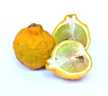 rot: Yellow Kaffir limes rot