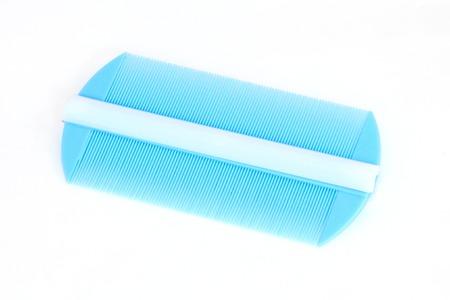 piojos: Peine para piojos aisladas sobre fondo blanco Foto de archivo
