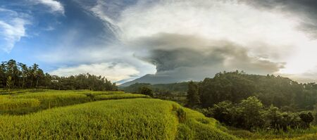 Eruption of the volcano Agung in Indonesia in the province Abang