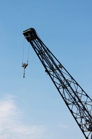 Photo with close up view of crane photo