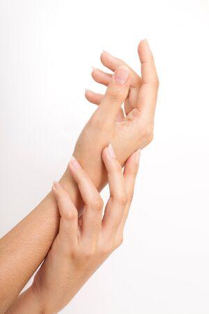 manos limpias: Cuidado de la mano de la mujer Foto de archivo