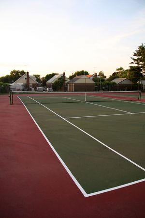 grand hard: Outdoor Tennis Court in Park Stock Photo