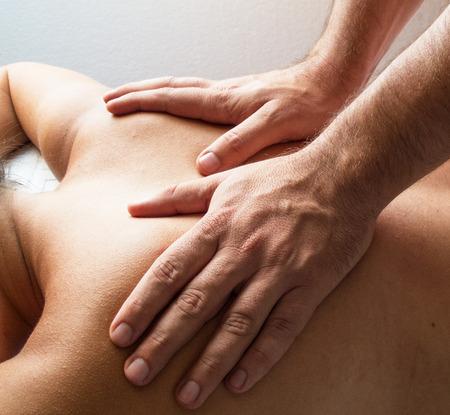 manos: Physiotherapy II - massage