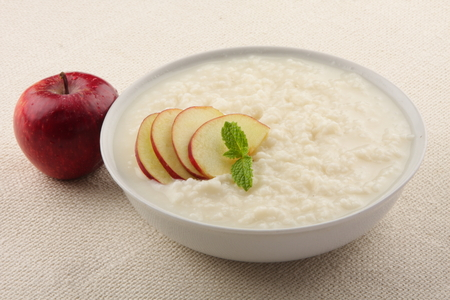 baby rice: Homemade Oats  pudding with milk and apples.